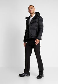 Cross Sportswear - HOODIE - Winterjas - black - 1