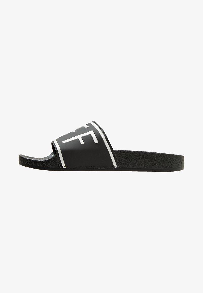 Cruyff - AGUA COPA - Mules - black/white