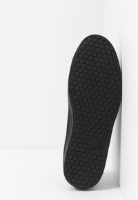 Cruyff - JORDI - Sneakersy niskie - black - 4