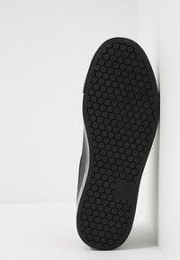Cruyff - INDIPHISTO - Sneakersy niskie - black - 4