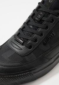 Cruyff - INDIPHISTO - Sneakersy niskie - black - 5