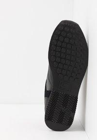 Cruyff - LUSSO - Sneakersy niskie - black - 4