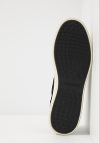 Cruyff - PATIO LUX - Sneakersy niskie - black - 4