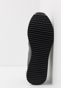 Cruyff - CATORCE - Sneakersy niskie - dark grey - 4