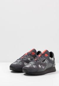 Cruyff - CATORCE - Sneakersy niskie - dark grey - 2