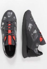 Cruyff - CATORCE - Sneakersy niskie - dark grey - 1