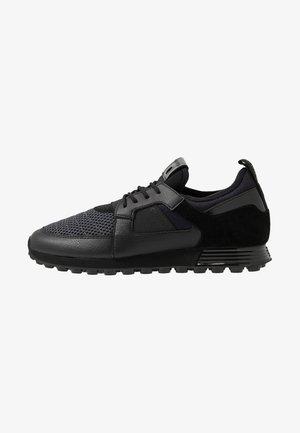 TRAXX - Sneakersy niskie - dark grey