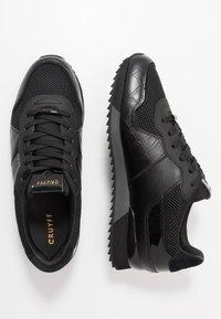 Cruyff - COSMO - Matalavartiset tennarit - black - 1