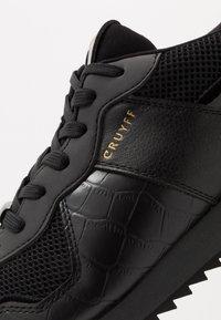 Cruyff - COSMO - Matalavartiset tennarit - black - 5