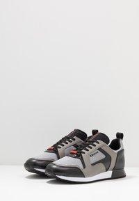 Cruyff - LUSSO - Sneakers - grey - 2