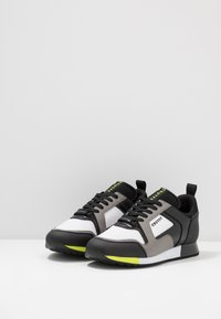 Cruyff - LUSSO - Sneakers - dark grey/fluo yellow - 2
