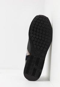 Cruyff - LUSSO - Trainers - black - 4