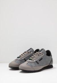 Cruyff - MONTANYA - Sneakersy niskie - dark grey - 2