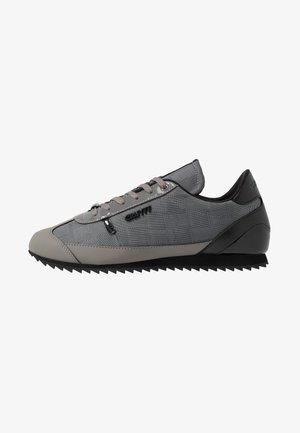 MONTANYA - Sneakersy niskie - dark grey