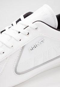 Cruyff - NITE CRAWLER - Sneakers - white - 5
