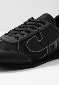 Cruyff - ULTRA - Matalavartiset tennarit - black - 5