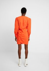 Cras - YVONNECRAS DRESS - Robe d'été - tangerine tango - 3