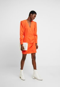 Cras - YVONNECRAS DRESS - Robe d'été - tangerine tango - 2