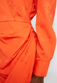 Cras - YVONNECRAS DRESS - Robe d'été - tangerine tango - 6