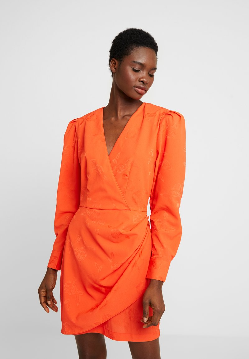 Cras - YVONNECRAS DRESS - Robe d'été - tangerine tango