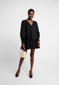 Cras - NICOCRAS DRESS - Robe d'été - black - 2