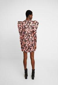 Cras - ROZANNACRAS DRESS - Robe chemise - camillo - 3