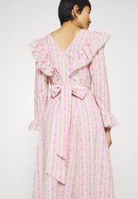 Cras - DRESS - Długa sukienka - alana - 4