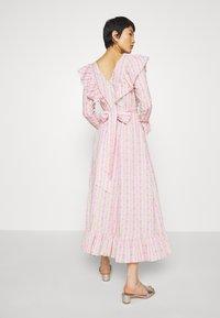 Cras - DRESS - Długa sukienka - alana - 2