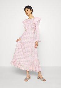 Cras - DRESS - Długa sukienka - alana - 0