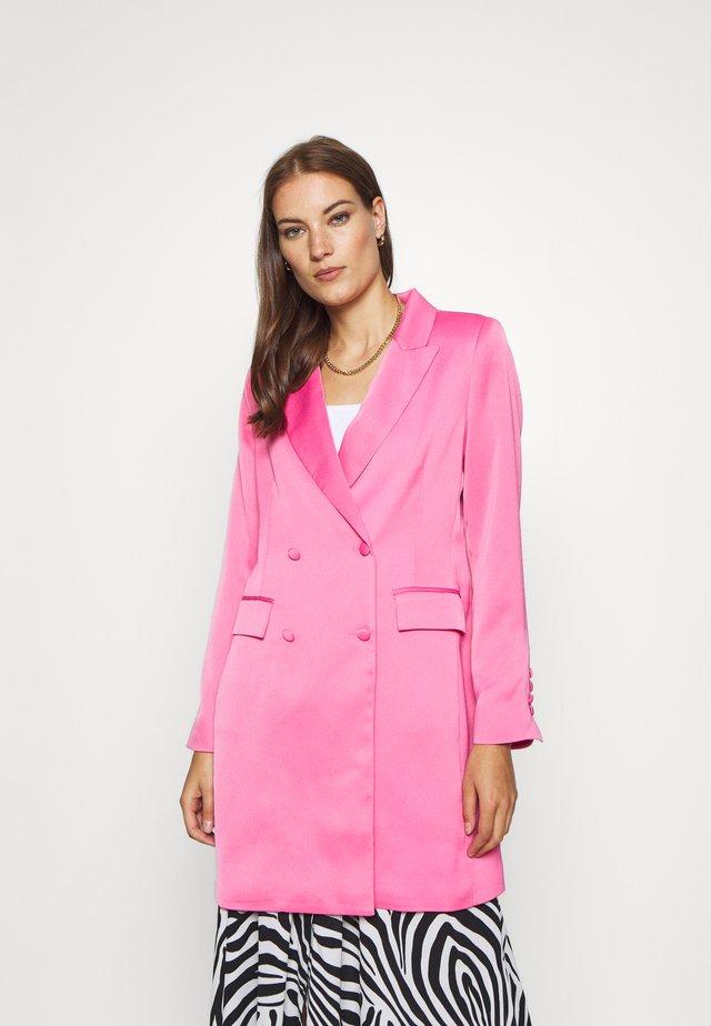 RUACRAS - Bleiseri - hot pink