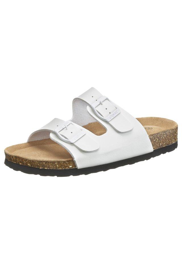 Slippers - 1002 white