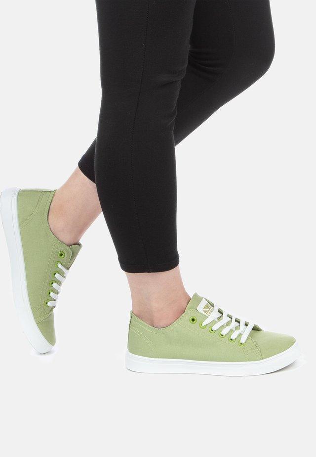 SNEAKER - Sneakers laag - vert