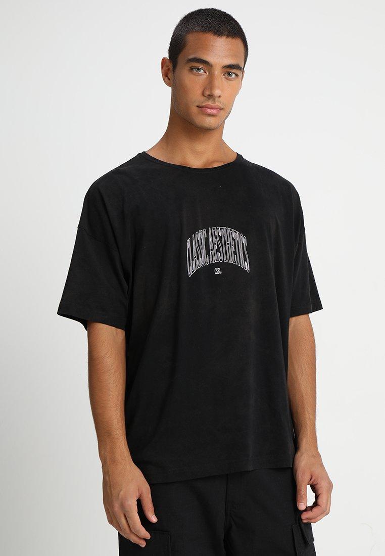 Cayler & Sons - CLASSIC ARCH BOX TEE - T-shirt print - black tiedye/white