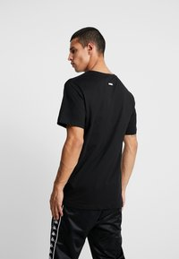 Cayler & Sons - FRESH TO DEATH TEE - T-shirt print - black - 2