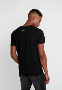 Cayler & Sons - ICON TEE - Camiseta estampada - black/white - 2