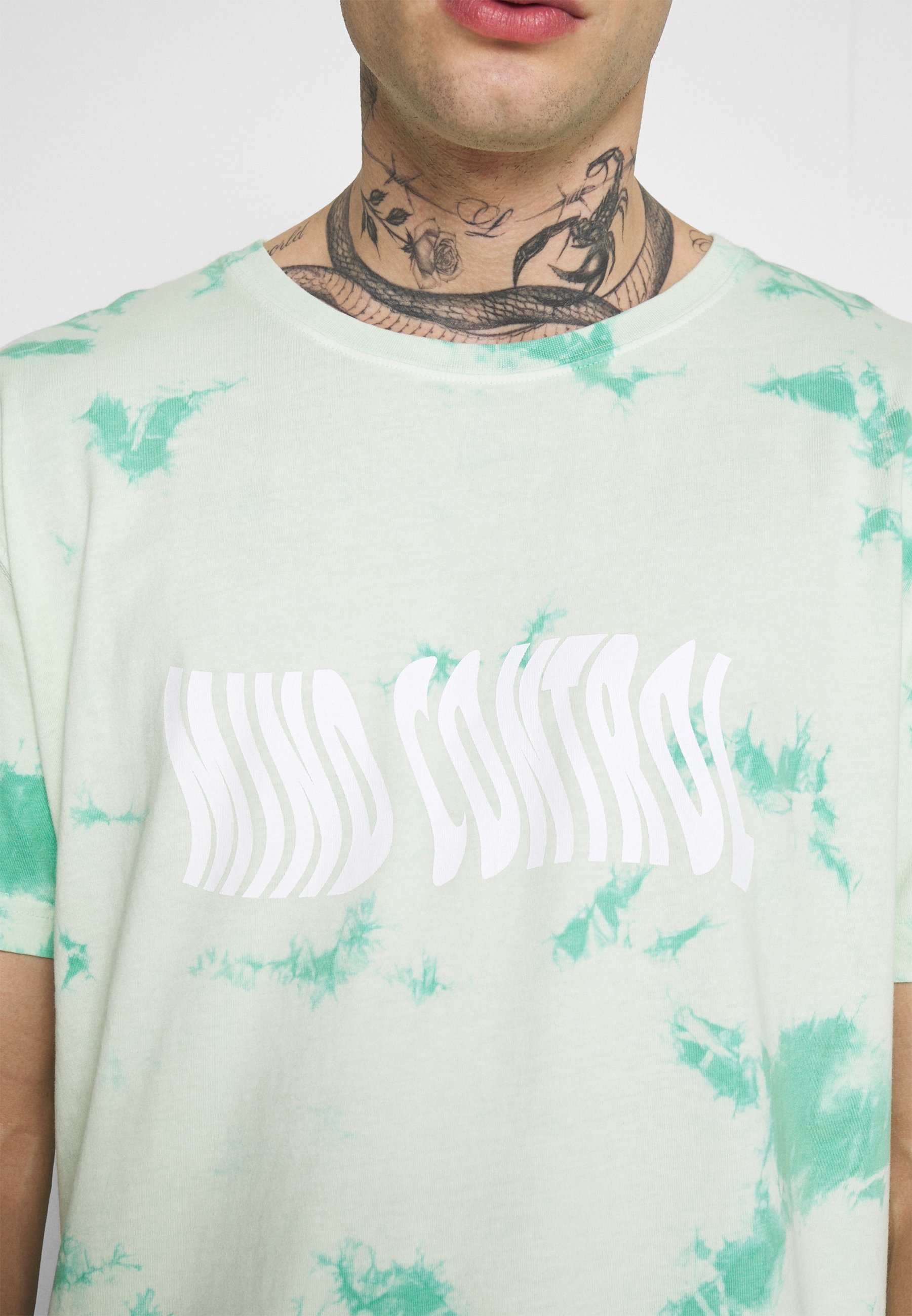 Cayler & Sons MIND CONTROL ROUNDED TEE - T-shirt imprimé - mint/white