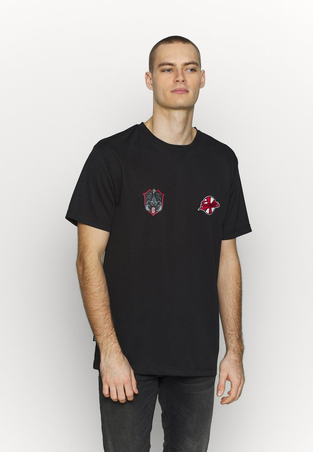 FOREVER SIX SOCCER TEE - T-shirts med print - black