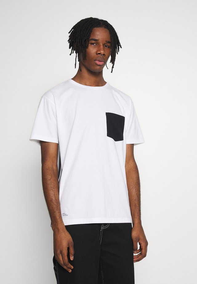 YIN YANG SEMI BOX TEE - T-shirt imprimé - white/black
