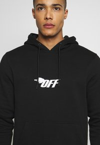 Cayler & Sons - FAST BRACKETS HOODY - Jersey con capucha - black/white - 4