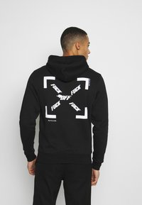 Cayler & Sons - FAST BRACKETS HOODY - Jersey con capucha - black/white - 3