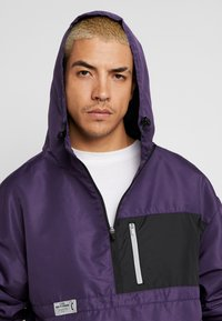 Cayler & Sons - FORM HALFZIP WINDBREAKER - Windbreaker - purple/black - 3