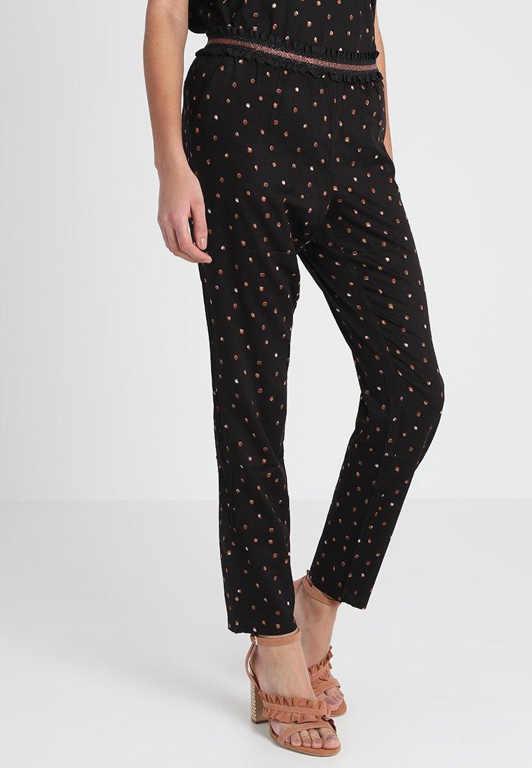 Culture - CAMMILLA PANT - Pantalon classique - black