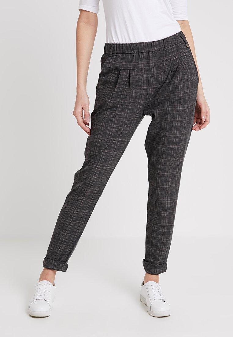 Culture - SARAH CHECK PANTS - Spodnie materiałowe - grey mix