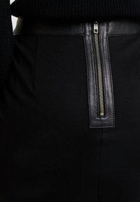 Culture - JEANEL SKIRT - Pouzdrová sukně - black - 3