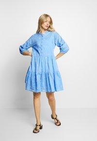 Culture - CUNALA DRESS - Košilové šaty - powder blue - 1