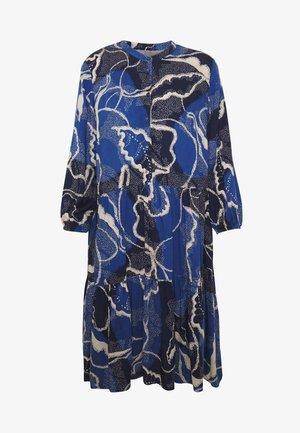SHANIA LEAF DRESS - Denní šaty - blue iris