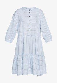 Culture - CUAMINE DRESS - Robe chemise - cashmere blue - 3