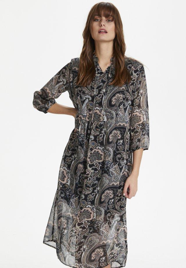 CUELEONORE - Korte jurk - peachskin