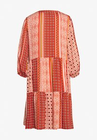 Culture - CUZALAN DRESS - Denní šaty - mecca orange - 1