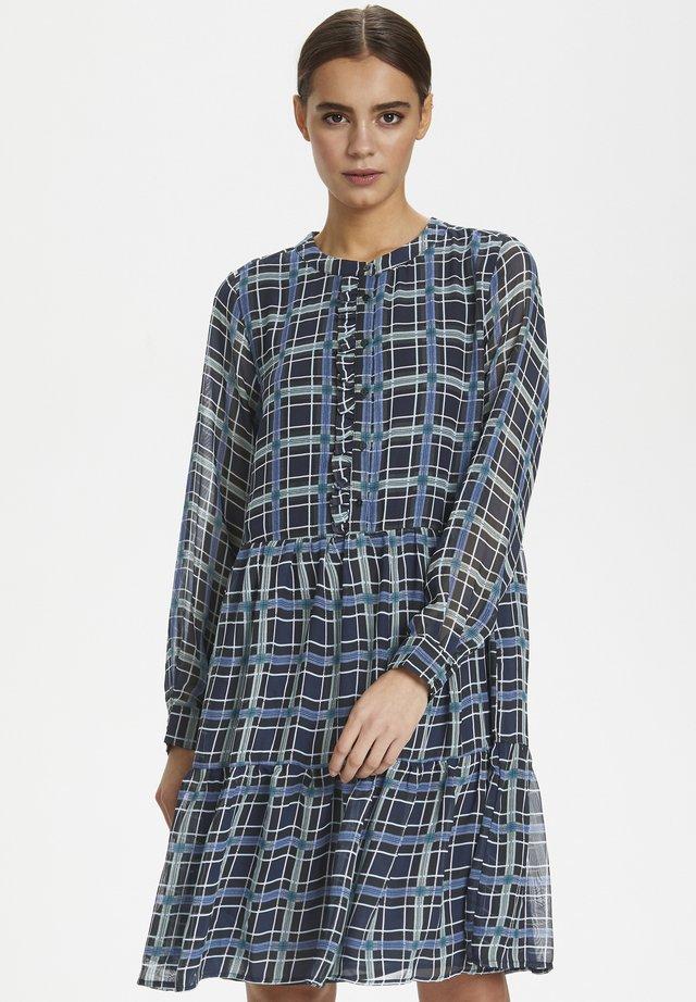 CUCYRELL - Shirt dress - salute